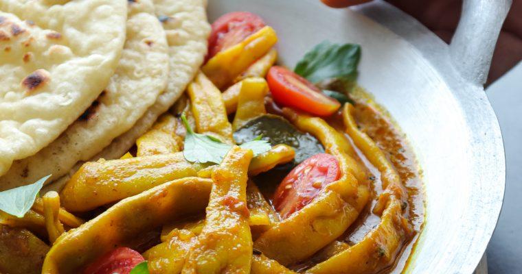 Curry mahune i brze jogurt lepinjice